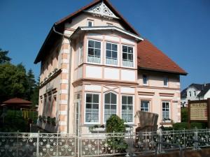 "Ansicht Pension Wintergartenzimmer *** / Pension ""Villa Erika"" *Seebad Lubmin *Ostsee"