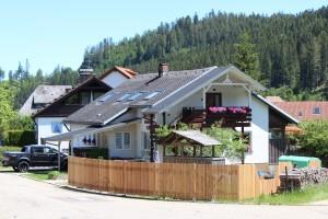 """Ferienwohnung Haus Maria St. Blasien """"kostenloser Skipass"""" /Feldberg uvm."""