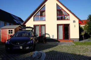Kinder- u. hundefeundliches Ferienhaus in Binz, hell u. modern, mit Garten