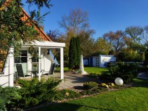 Ferienhaus Dodegge in Misselwarden bei Wremen mit WLAN, eigezäunt