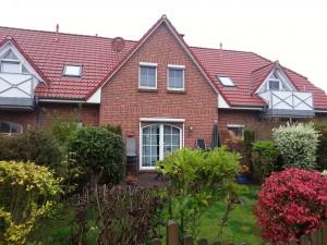 Ferienhaus Brandgans in Norden, 2 Schlafz., Bad, Gäste-WC, Terrasse, Garten