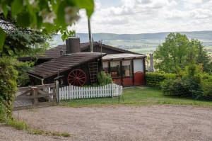 120 qm Ferienhaus, eins. Waldlage, 1200 qm Grundstück