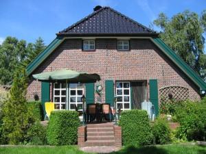 Luxuriöses Landhaus Birkenhof mit 10.400qm Garten & Land - spektakulär!
